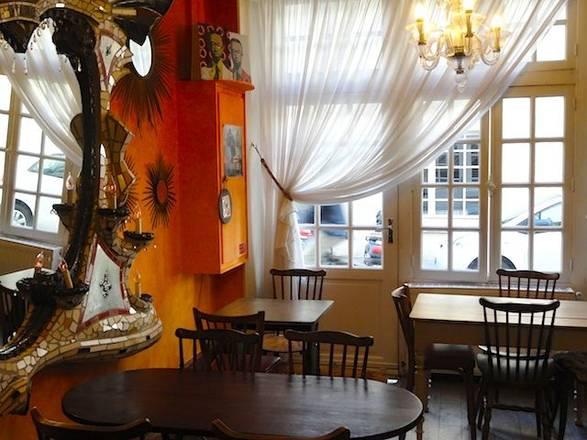 Hotel Jeanne D 39 Arc Paris Review By Eurocheapo